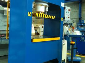 310Ton H Frame Heavy Duty Hydraulic Platen Press - picture5' - Click to enlarge