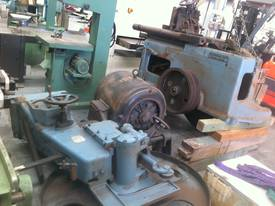 ROBINSON 48 INCH BAND RE SAW - picture11' - Click to enlarge