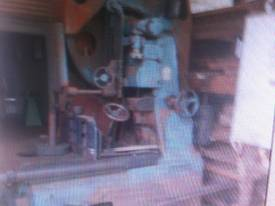 ROBINSON 48 INCH BAND RE SAW - picture0' - Click to enlarge