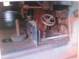 ROBINSON 48 INCH BAND RE SAW - picture2' - Click to enlarge
