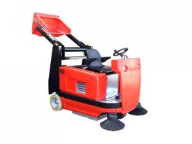 Ride On Floor Sweeper with 1300 mm sweep path