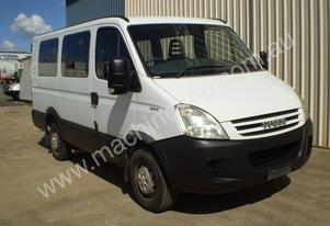 Iveco   Daily  Mini bus Bus