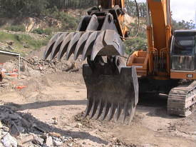 Hydraulic Rake Grapples  - picture3' - Click to enlarge