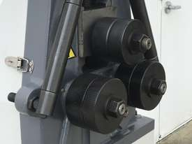 Heavy Duty, Manual Operated Section, Ring Roller - picture2' - Click to enlarge