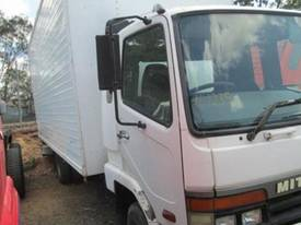 1998 Mitsubishi Fuso FK 617 Wrecking Trucks - picture2' - Click to enlarge