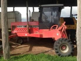 Massey Ferguson 220 Windrower