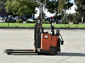 2006 TOYOTA SWE160D Walkie Stackers - picture0' - Click to enlarge