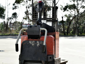 2006 TOYOTA SWE160D Walkie Stackers - picture1' - Click to enlarge