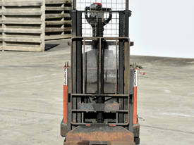 2006 TOYOTA SWE160D Walkie Stackers - picture2' - Click to enlarge