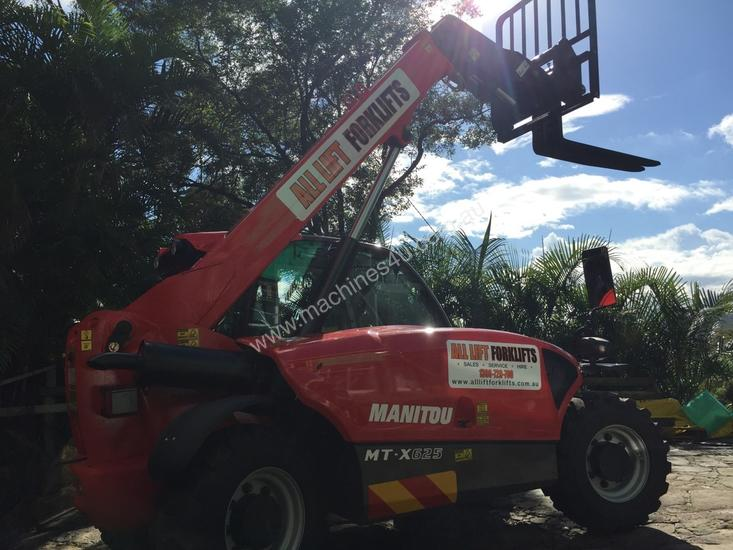 Rotational telehandlers available for hire