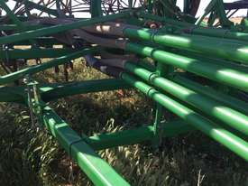 John Deere 1830 Air Seeder Seeding/Planting Equip - picture2' - Click to enlarge