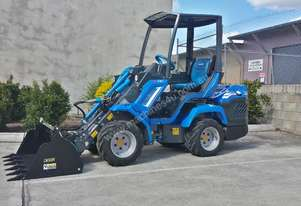 MULTIONE 7.3S TWO SPEED MINI LOADER