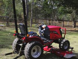 All New 2017 Mahindra eMax 25sHST 4WD Tractor. - picture16' - Click to enlarge