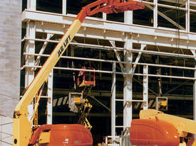 JLG 600AJ Articulating Boom Lift - picture4' - Click to enlarge