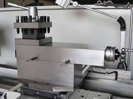 660mm Swing Centre Lathe, 104mm Spindle Bore - picture9' - Click to enlarge