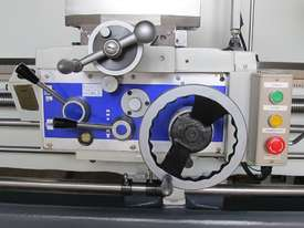 660mm Swing Centre Lathe, 104mm Spindle Bore - picture10' - Click to enlarge