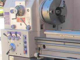 Centre Lathe, 660x2000mm Turning Capacity , 104mm Bore - picture3' - Click to enlarge
