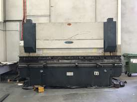 Just In - MAXI 4000mm x 125T Hydraulic Pressbrake - picture1' - Click to enlarge