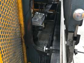 Just In - MAXI 4000mm x 125T Hydraulic Pressbrake - picture8' - Click to enlarge