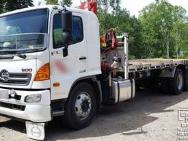 Hino Flat Bed Truck with 3ton Crane, 200k km�s. EMUS NQ - picture0' - Click to enlarge