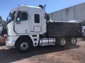 Freightliner  Tipper Truck - picture15' - Click to enlarge