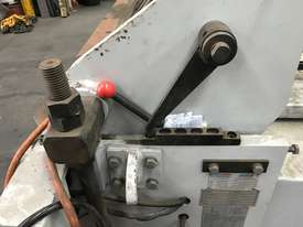 JUST IN - METALMASTER 2500mm x 2mm Hydraulic Panbrake - picture5' - Click to enlarge