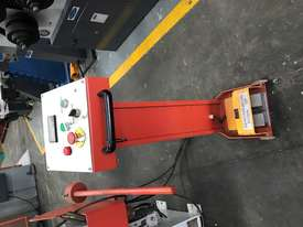 JUST IN - METALMASTER 2500mm x 2mm Hydraulic Panbrake - picture7' - Click to enlarge