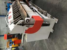 JUST IN - METALMASTER 2500mm x 2mm Hydraulic Panbrake - picture13' - Click to enlarge