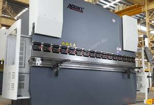 Quality Built 4200mm x 200Ton NC Pressbrake With The Lot!