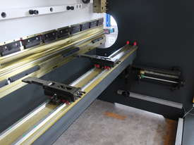Quality Built 4200mm x 200Ton NC Pressbrake With The Lot! - picture2' - Click to enlarge