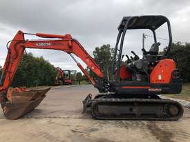 SOLD--Kubota KX71-3 2.8Tonne Rubber Tracked, Hyd Quick Hitch, 1200mm Mud, 600mm Bucket - picture0' - Click to enlarge