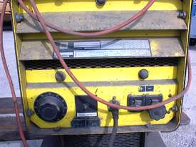 SAF power source welder - picture1' - Click to enlarge