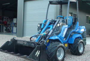 2016 Multione 7.3+ Heavy Duty Mini Loader (articulated) 4 in one Bucket