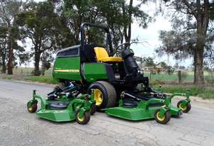 John Deere 1600 Wide Area mower Lawn Equipment