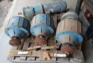 HYDRO.MEC 127-3 Reduction Gearbox. Ratio : 17.5 : 1, Weight 116 kg.