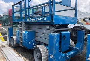 GENIE 43FT Rough Terrain Diesel Scissor Lift