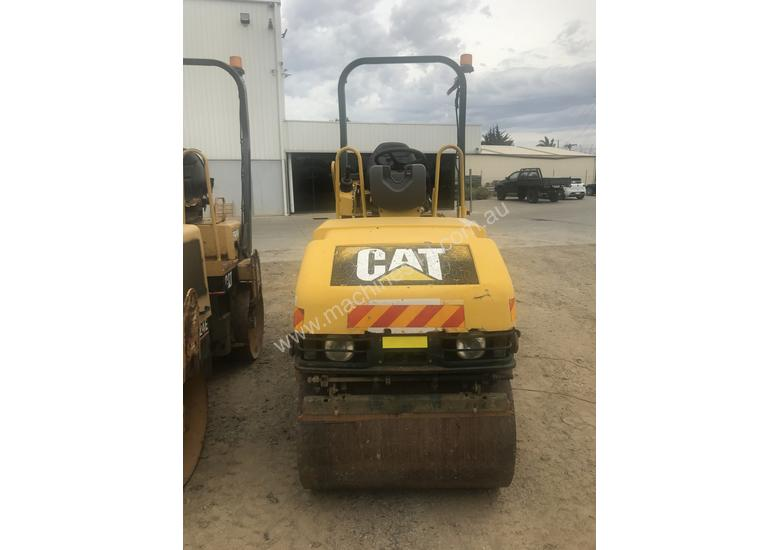 2004 Caterpillar CB214E Compaction Roller