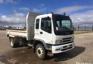 Isuzu 2006   FTR900 Medium