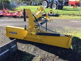 FarmGuard 820 Bulldozer Grader blade/Land Planes Tillage Equip - picture2' - Click to enlarge