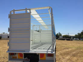 Isuzu FVR 165-300 Stock/Cattle crate Truck - picture6' - Click to enlarge