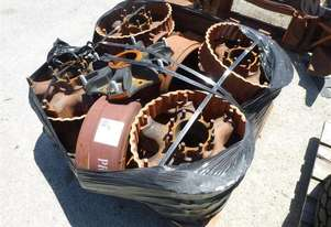 Axle Hubs, Spacers And Drums Pallet OF