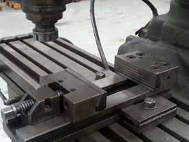 used king rich milling machine - picture5' - Click to enlarge