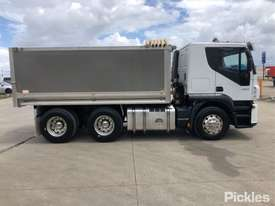 2008 Iveco Stralis - picture8' - Click to enlarge