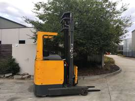 2.0T Battery Electric Sit Down Reach Truck - picture0' - Click to enlarge