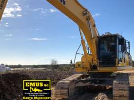 2011 Komatsu PC270LC-8, 27ton excavator, new chains -  MS491 - picture2' - Click to enlarge