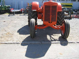 Case IH LA 2WD Tractor - picture2' - Click to enlarge