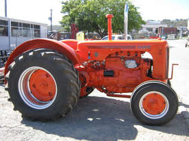 Case IH LA 2WD Tractor - picture3' - Click to enlarge