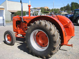 Case IH LA 2WD Tractor - picture8' - Click to enlarge