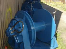 Hydraulic Trawl  winches - picture0' - Click to enlarge