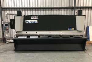 New ACCURL CNC Guillotine (8 x 3200mm)
